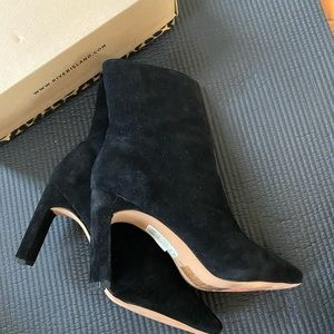 River island Suede wide fit heeled boots